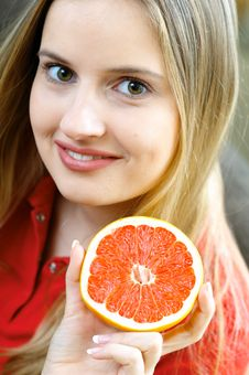 Free Woman With Fruit Royalty Free Stock Photography - 3084667