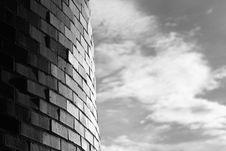 Free Curved Brick And Soft Cloud Royalty Free Stock Images - 3089289