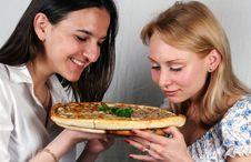Free Girls & Pizza Italian Royalty Free Stock Photos - 3089368