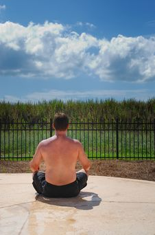 Free Man Meditating Near Pool Royalty Free Stock Photography - 3089607