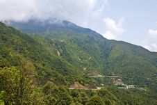 Free Mountains  In Vietnam Royalty Free Stock Photography - 30820057