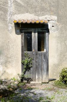 Free The Wooden Door Royalty Free Stock Photos - 30825208