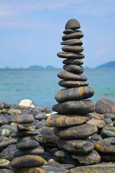 Free Rock Overlap Royalty Free Stock Photo - 30837175