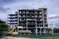 Free Building Under Construction Stock Photos - 30860493