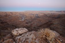 Free Fish River Canyon Early Morning View Royalty Free Stock Photos - 30870018