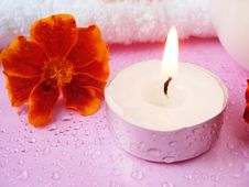 Free Cream And Candle With Flowers Stock Photos - 3092473