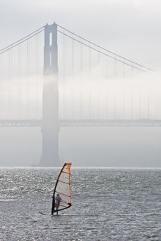 Free Windsurfing By Golden Gate Bridge Royalty Free Stock Photography - 3099307