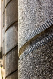 Free Spiral Pattern Concrete Columns Royalty Free Stock Photography - 30936067