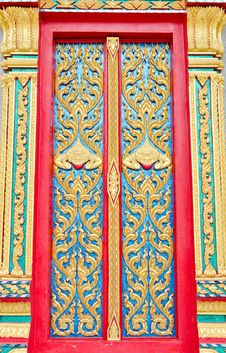Free Golden And Red Thai Temple Door Sculpture Stock Photo - 30940350