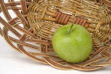 Free Green Apple. Royalty Free Stock Photo - 30940535