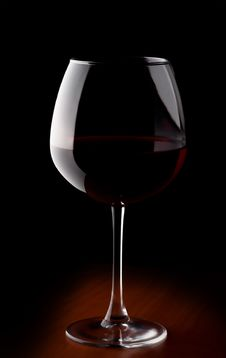 Free Wine Glass With Red Wine Royalty Free Stock Image - 30945776