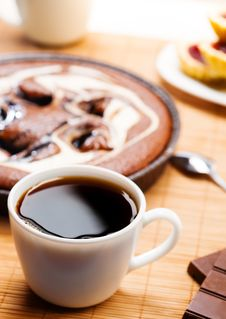 Free Breakfast With Coffee And Pie Royalty Free Stock Photo - 30947175