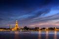 Free Twilight Wat Arun Bangkok Stock Photo - 30958220