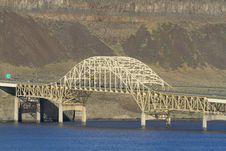 Free Vantage Bridge Royalty Free Stock Image - 30952126
