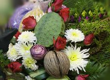 Free Bouquet Of Colorful Flowers Royalty Free Stock Photography - 30987987