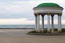 Free Beautiful Gazebo On The Sea Front Royalty Free Stock Photography - 30996877