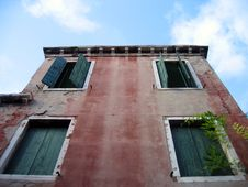 Free Venice Detail 6 – Looking Up Royalty Free Stock Photo - 310425