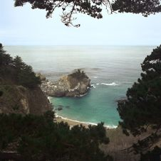 Free Big Sur Cove Royalty Free Stock Images - 311289