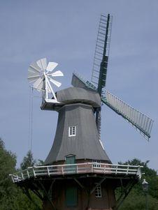 Free Windmill Royalty Free Stock Photos - 313308