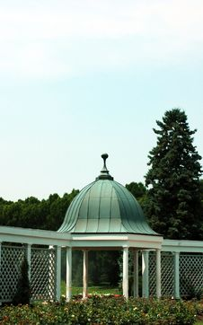 Free Botanical Gardens And Gazebo 2 Royalty Free Stock Photos - 313958