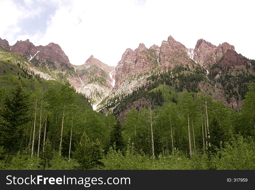 Peaks at maroon belles