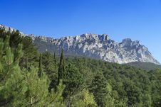 Free Crimean Mountains Royalty Free Stock Image - 3101016