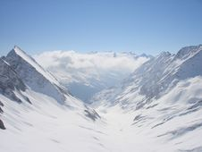 Free Mountains In The Alps Stock Photography - 3102492