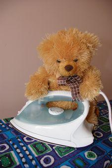 Free Teaddy Bear Ironing Royalty Free Stock Images - 3104629