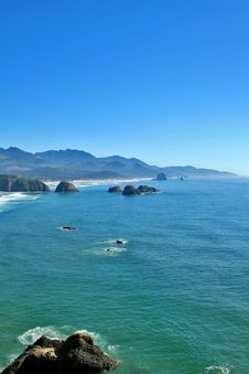 Free Cannon Beach Oregon Stock Photo - 3104780