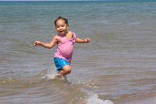 Free Running In The Waves Royalty Free Stock Photo - 3104875