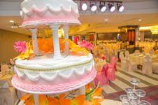Free Wedding Cake Royalty Free Stock Images - 31007759