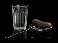 Free Alcohol In A Glass With Snack Stock Photography - 31010822