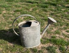 Free Aged Metallic Watering Pot Royalty Free Stock Images - 31012969