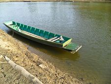 Free Boat On River Royalty Free Stock Image - 31018536