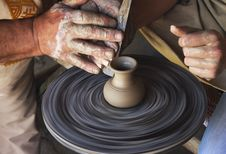 Free Teaching Pottery Stock Image - 31023781