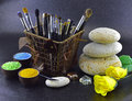 Free Brush Setting With Roses Royalty Free Stock Image - 31058106