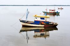 Free Boats In Still Water Royalty Free Stock Photography - 31068527
