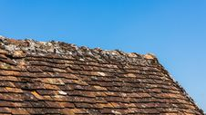 Free Close Up Of The Roof Of The Old House Royalty Free Stock Photos - 31070888