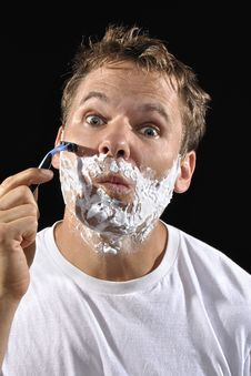 Free Man Shaving Royalty Free Stock Photography - 31073377