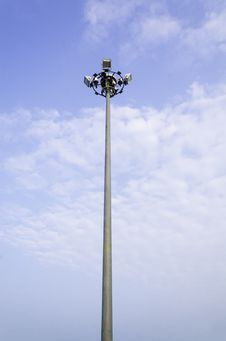 Free Light Poles Royalty Free Stock Images - 31074949