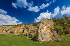 Free Beautiful Mountain Scenery In Summer Stock Photos - 31075593