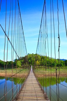 Free Rope Bridge Stock Photos - 31077763
