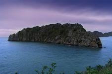 Free Island In Ha Long Bay. Stock Photography - 31077882