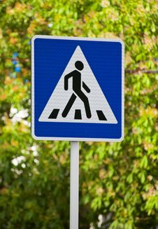 Free Road Sign Crosswalk Stock Image - 31086721