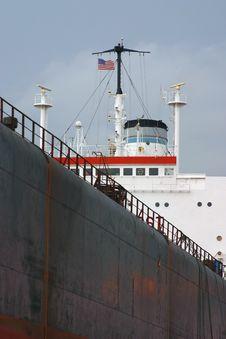 Free Vertical Ship Closeup Royalty Free Stock Photo - 3110105