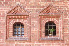 Free Two Windows Royalty Free Stock Photography - 3118697