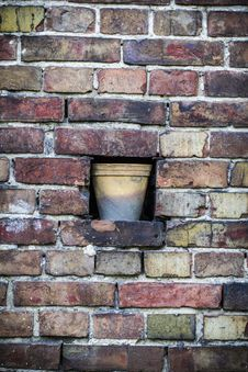 Free Old Brick Wall Pattern Closeup With Flowerpot Stock Image - 31113901