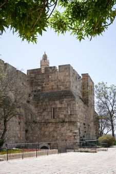 Free Tower Of David And Jerusalem Walls Royalty Free Stock Photos - 31116898