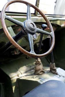Free Military Retro Car Day Stock Image - 31164121