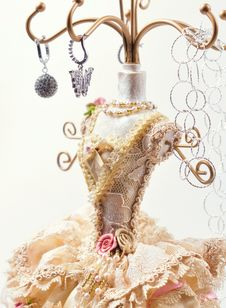Free Holder For Jewelry. Stock Photo - 31187280